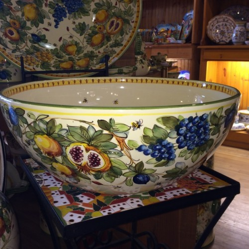 Toscana Bees Very Large Bowl