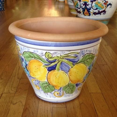 Bell-shaped Pot - Lemons on White