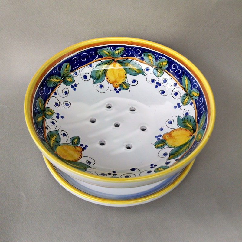 Alcantara Berry Bowl Italian Pottery Outlet