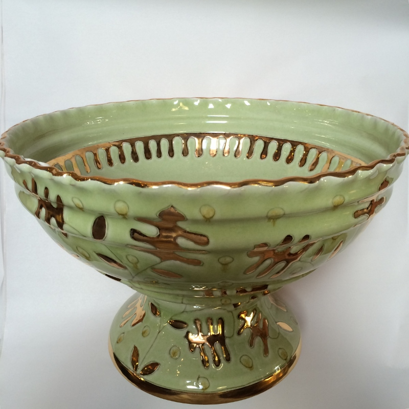 Italian footed bowl green with gold pottery outlet