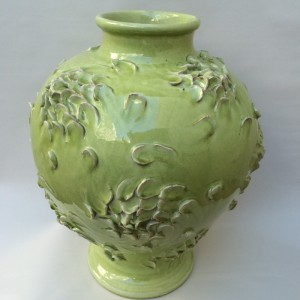 NDD Textured Celadon Vase with Swirling Petals Design (800x800) (2)